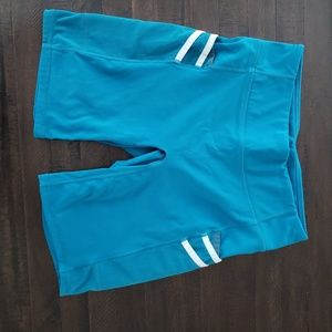 Womens Fabletics shorts Small